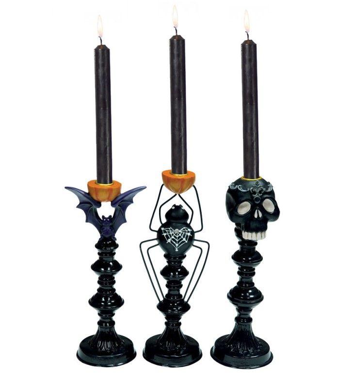 Candelabroda tavola di  halloween con teschi, ragni e pipistrelli. Scopri il prezzo online.